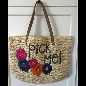 Pick me! whimsical straw bag New with tags